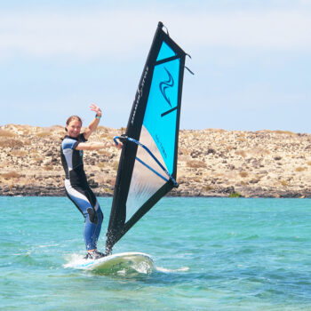 Windsurf Lanzarote Cours Et Prix Windsurf School Lanzarote Winsurf Canary Island Is The Best School Itinerant Classes To Learn Windsurf Windsurf Lessons Lanzarote
